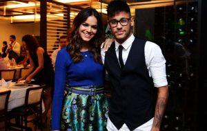 O romance de Bruna Marquezine e Neymar virou uma música sertaneja