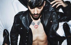 Gigi Hadid fotografa o boy Zayn para campanha da Versace e as fotos tão lindas!