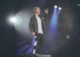"Justin Bieber cancelou a ""Purpose Tour""! Eita!"