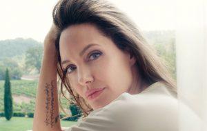 Angelina Jolie acredita que sua influência só é importante se ela puder ajudar os outros