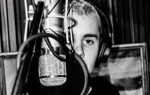 """Justin Bieber ainda não sabe cantar """"Despacito"""": """"Eu não sei a letra, então eu digo dorito"""""""