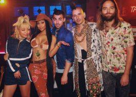 "DNCE lança ""Kissing Strangers"", parceria com Nicki Minaj! Vem ouvir!"