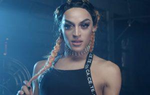 Pabllo Vittar novinha cantando Whitney, Beyoncé, Lana e mais artistas! Olha o pisão!