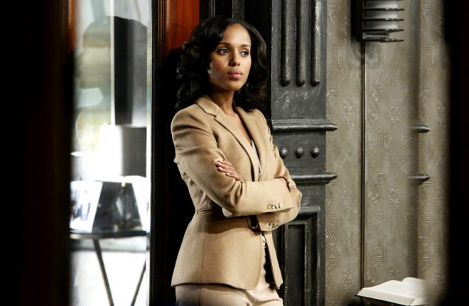 """SCANDAL - """"White Hat's Off"""" - Quinn's identity is finally revealed, and the more the Pope & Associates team learn about her past, the more they realize she could be their biggest scandal yet. Meanwhile, a senator seeks Olivia's help when his personal life is about to become a public disgrace, and President Fitz is stuck between a rock and hard place when Mellie and Cyrus put him in a very compromising position during a live television interview, on the sophomore season premiere of """"Scandal,"""" THURSDAY, SEPTEMBER 27 (10:02-11:00 p.m., ET) on the ABC Television Network. (ABC/DANNY FELD) KERRY WASHINGTON"""