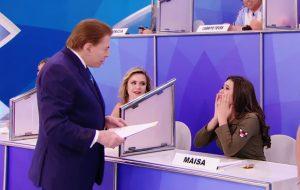 """Silvio Santos conta que assiste """"13 Reasons Why"""" e Maísa surta: """"você é muito moderno!"""""""