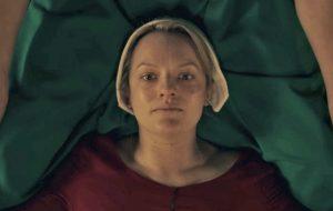 """""""The Handmaid's Tale"""" nem acabou, mas já garantiu segunda temporada"""
