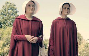 """""""The Handmaid's Tale"""" é uma série incrível que provavelmente você não está vendo"""
