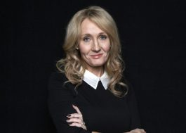 J.K. Rowling escreveu manuscrito de livro inédito em um vestido