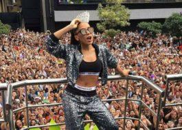 """Anitta explica sua """"paradinha"""" na Parada do Orgulho LGBT"""