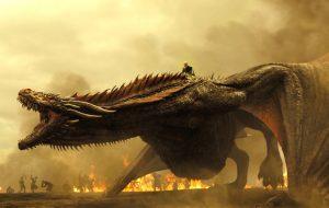 """""""Game of Thrones"""" quer recorde de mais pessoas em chamas ao mesmo tempo"""