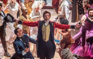 """Hugh Jackman é o """"showman"""" P.T. Barnum no trailer de """"O Rei do Show"""""""