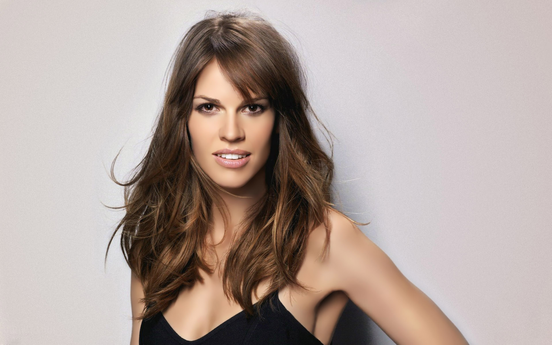 Hilary-Swank-Desktop-Wallpapers-Download