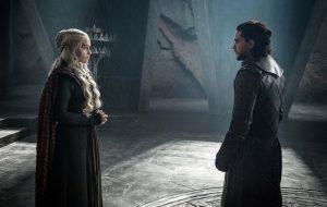Kit Harington acha que Jon Snow ficou impactado com beleza de Daenerys