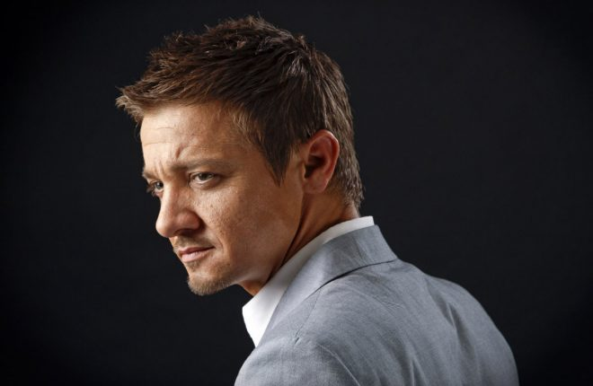 """BEVERLY HILLS, CA - JULY 20, 2012 - Tony Gilroy and Jeremy Renner photographed at the Four Seasons Hotel in Beverly Hills, July 20, 2012. Gilroy is the writer-director of """"The Bourne Legacy,"""" and Renner, its star.(Ricardo DeAratanha/Los Angeles Times)."""