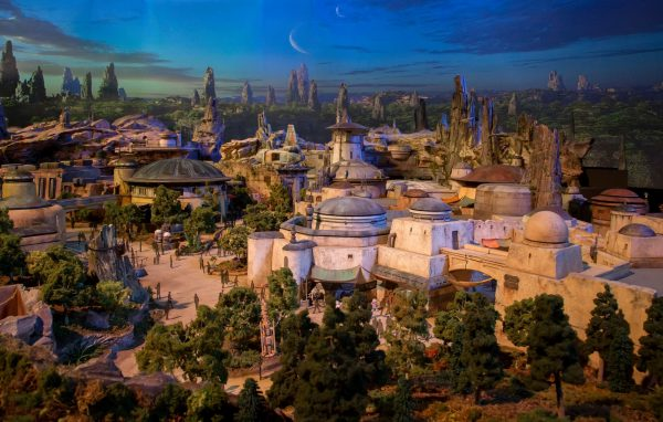 maquete star wars land 1