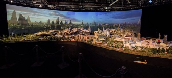maquete star wars land 2