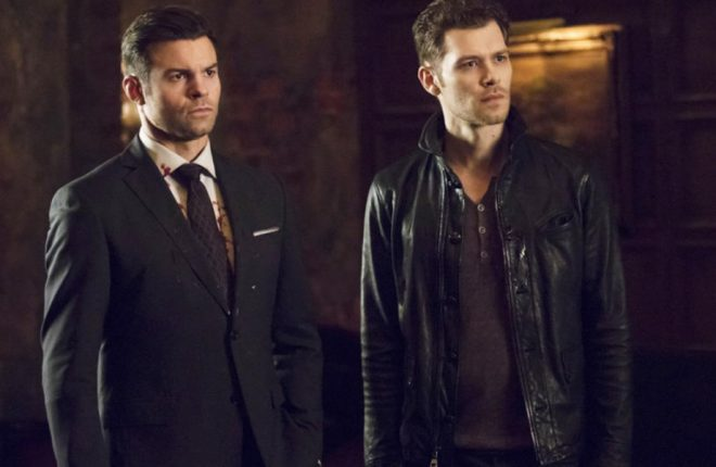 """The Originals -- """"The Feast Of All Sinners"""" -- Image Number: OR413a_0280.jpg -- Pictured (L-R): Daniel Gillies as Elijah and Joseph Morgan as Klaus -- Photo: Bob Mahoney/The CW -- © 2017 The CW Network, LLC. All rights reserved."""