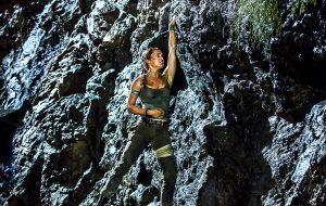Mais uma imagem de Alicia Vikander como Lara Croft é divulgada