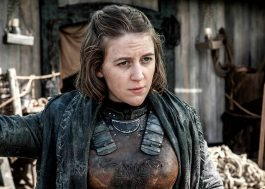 """Game of Thrones"": Atriz conta que beijo na [SPOILER] foi improvisado"