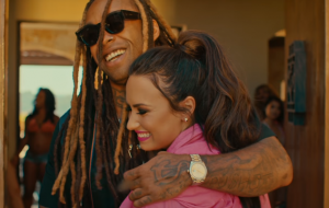 "Wiz Khalifa chama Demi Lovato para sua festinha no clipe de ""Something New"""