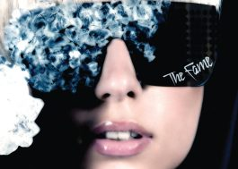 "Há 9 anos, Lady Gaga lançava seu primeiro álbum, ""The Fame"""