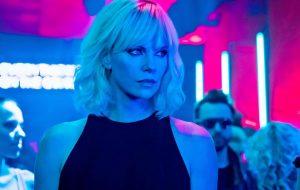 Gosta da Charlize Theron? Então 'Atômica' é o filme perfeito (e de quebra tem música boa!)