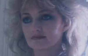 "Bonnie Tyler vai cantar ""Total Eclipse of the Heart"" durante um eclipse solar real!"