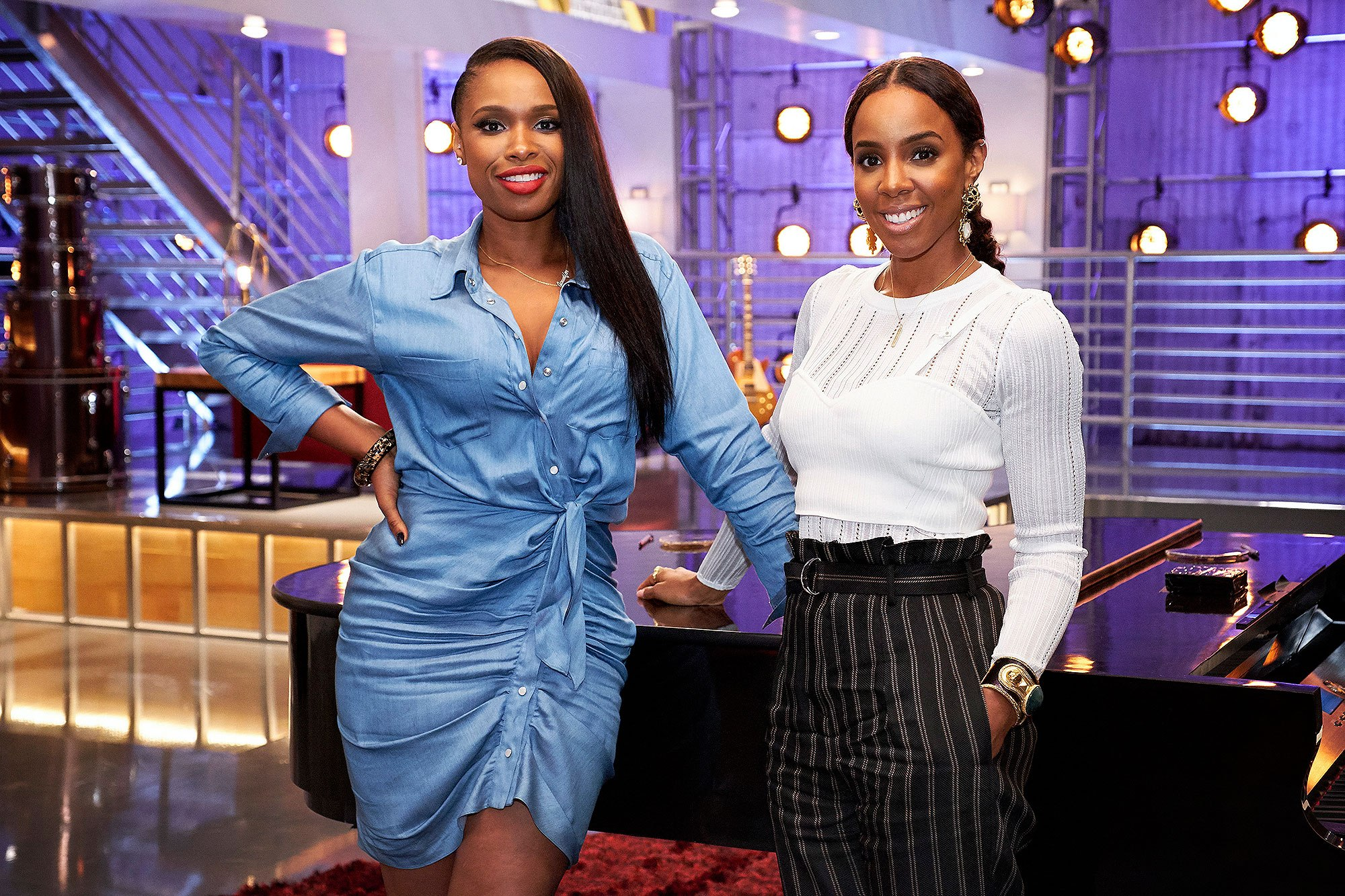 "THE VOICE -- ""Battle Reality"" -- Pictured: (l-r) Jennifer Hudson, Kelly Rowland -- (Photo by: Tyler Golden/NBC)"