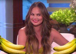 Chrissy Teigen precisava tanto de bananas que trocou com fã por uma cueca do John Legend