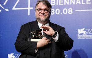 Guillermo del Toro vence o prêmio de melhor filme no Festival de Veneza