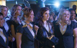 """As Bellas estão se preparando para sua tour de despedida no novo trailer de """"A Escolha Perfeita 3"""""""