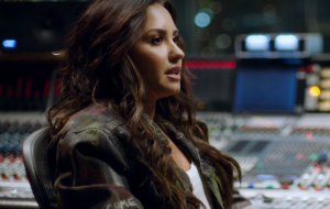"""Demi Lovato divulga teaser de seu novo documentário, """"Simply Complicated"""""""