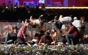 Atirador mata mais de 50 pessoas em show country em Las Vegas