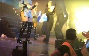 Becky G é confundida com fã e é retirada do palco do Fifth Harmony!