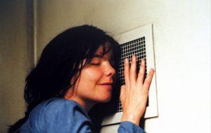 Björk relembra assédio de Lars Von Trier e diz que confrontar é necessário