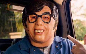 """""""Baby Driver"""" conseguiu esgotar as máscaras de Austin Powers para o Halloween"""