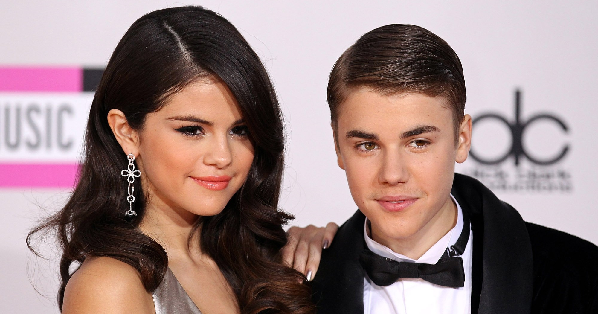 Is justin bieber still dating selena 2019