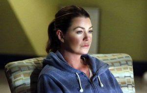 """Ellen Pompeo rebate site que fofocou sobre """"Grey's Anatomy"""""""