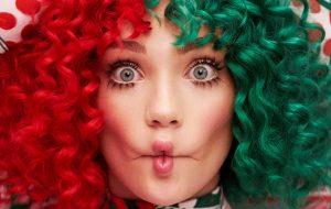 """Então é Natal! Sia lança o álbum """"Everyday Is Christmas""""!"""