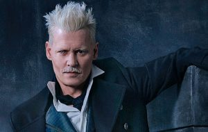 """Diretor de """"Animais Fantásticos"""" defende a permanência de Johnny Depp"""