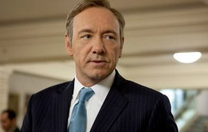 "Equipe de ""House of Cards"" denuncia Kevin Spacey por mais casos de assédio sexual"