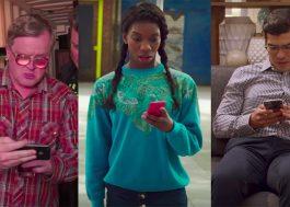 A Netflix comprova: o brasileiro não tem vergonha de bisbilhotar o que o outro tá vendo em público