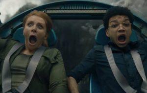 """Diretor e roteirista explicam """"Jurassic World: Reino Ameaçado"""" (e se Claire vai estar de salto)"""
