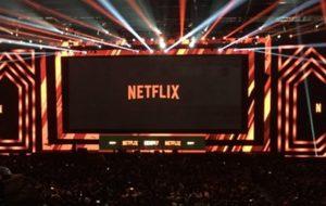 """Elenco de """"Altered Carbon"""", """"3%"""" e mais; toda a loucura do painel da Netflix na CCXP!"""