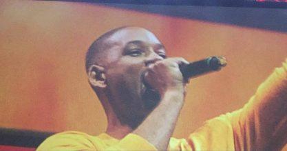 Will Smith canta Um Maluco no pedaço na CCXP