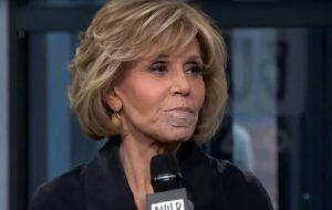 Jane Fonda removeu câncer do lábio
