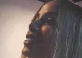 """Anitta, a rainha do deboche, ataca novamente com vídeos zoando """"influencers"""""""