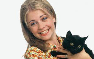 O gato Salem estará sim na nova série da Sabrina e já tem foto dele