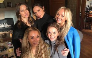 Mel B diz que Spice Girls se encontrarão de novo nesta semana; não brinca com a gente!!!!