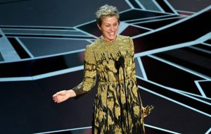 Frances McDormand homenageia todas as mulheres no Oscar 2018 em discurso emocionante